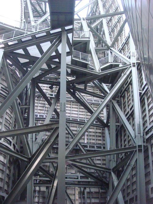 Sculpture in steel DSC04390